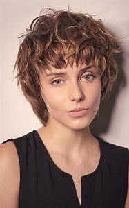 Coupe De Cheveux Bouclés Femme : cheveux les 60 coupes ultra tendance de l 39 automne hiver ~ Nature-et-papiers.com Idées de Décoration