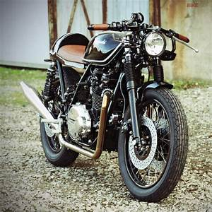 Pneu Cafe Racer : pneu moto vintage la culture de la moto ~ Medecine-chirurgie-esthetiques.com Avis de Voitures
