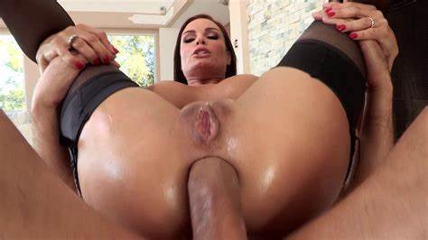 With Niches Enjoy Milfs And Mature