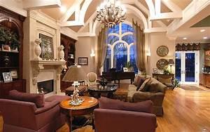 Luxury Home Valuation