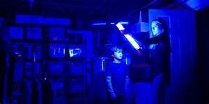 Film Dans Le Noir : horror film 39 lights out 39 terrifies with first trailer ~ Dailycaller-alerts.com Idées de Décoration