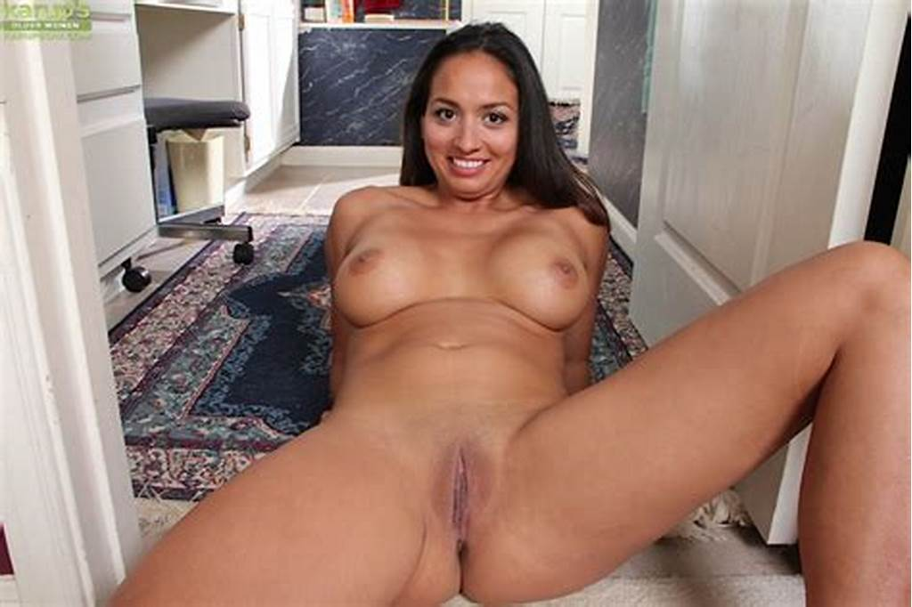 #Latina #Solo #Girl #Abby #Melon #Unveiling #Large #Milf #Tits #And