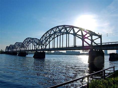 Dzelzceļa Tilts Rīgā - Spoki - bildes 3