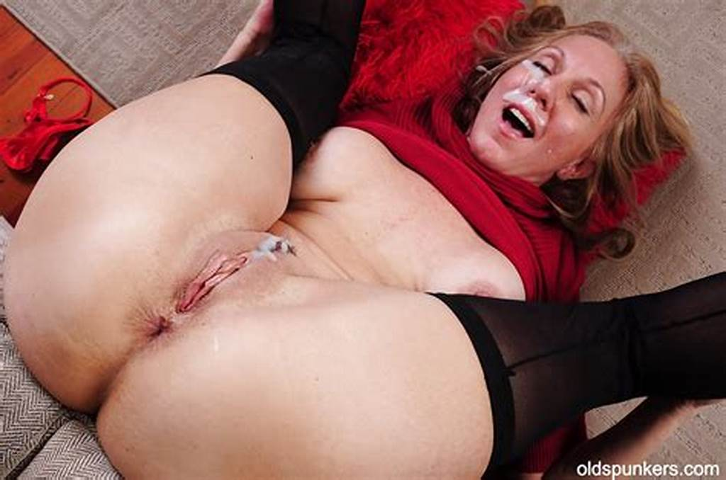 #Mature #Mom #Jenna #Has #Her #Ass #Pounded #Hard #With #A #Big #Cock