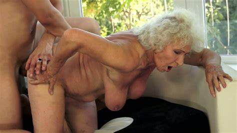 Granny With Massive Titty Try Fuck