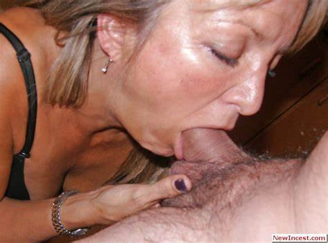 Model Auntie Xxx Seducing My Nunky