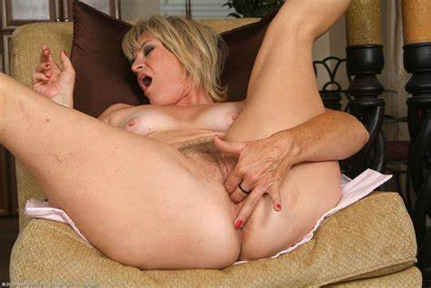 Hairy Cougar Has Her Smooth Clit Licked