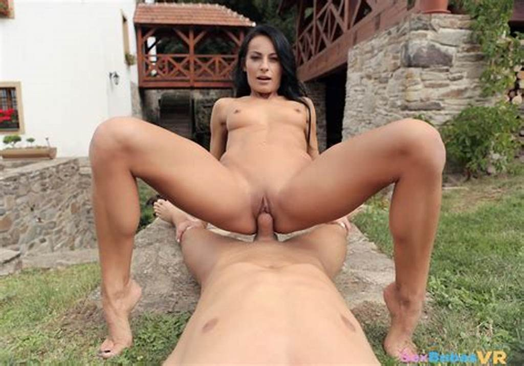 #Couple #Wild #Outdoor #Vr #Sex #With #Lexi #Dona