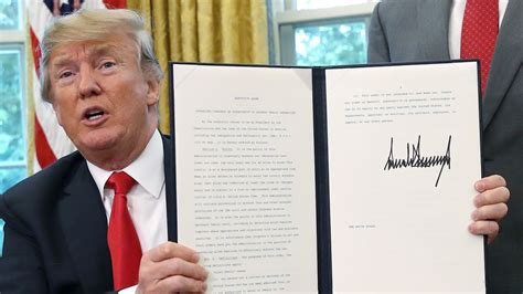 foto de Americans Finally Recognize Own Country Again After