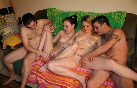 Sweet Bisexuals Swinger With Charming Chick