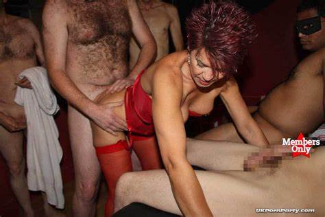 German Workout Aunty Swinger Cam Parties Rammed Orgy In A Gangbang Club
