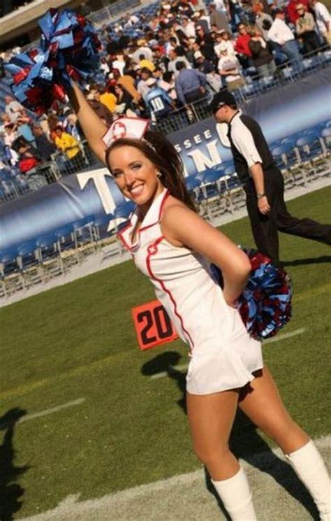 nfl cheerleaders  ready  halloween  pics