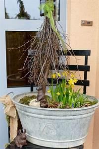 Deko Hauseingang Frühling : fr hling und osterallerlei ostern garten deko fr hling drau en und zinkwanne bepflanzen ~ Watch28wear.com Haus und Dekorationen