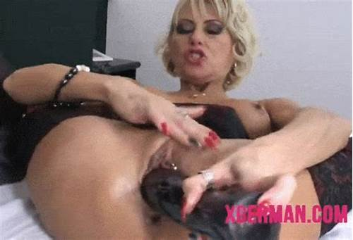 Live Long Haired Camgirl Toys Masturbating Creampie On Cam #Blonde #German #Milf #Toying #With #Large #Dildo