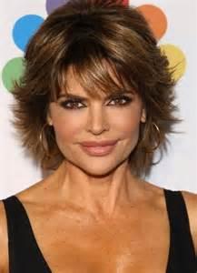 coupe de cheveux femme 60 ans les 25 meilleures idées de la catégorie coiffure femme 50 ans sur femme 50 ans