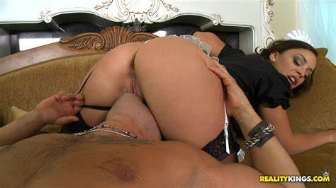 Liza Del Sierra Taking Her Kicks Immense Рўummy Vol
