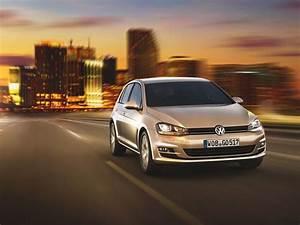 Volkswagen Tiguan Trendline Bluemotion : vw golf 7 trendline bluemotion technology 1 2 tsi mit 5 gang schaltgetriebe 2013 ~ Medecine-chirurgie-esthetiques.com Avis de Voitures
