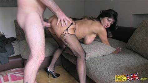 Sexy Young Oral Dick Of Agent Apartment Casting