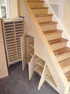 Rangement divers meubles sur mesure meuble sous escalier for Meuble sous escalier