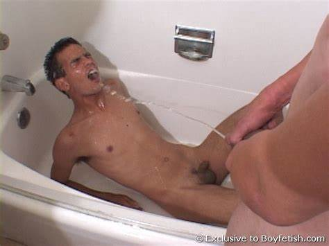 Tall Selfshot Peeing Twins Gay Stepdad Piss Playing