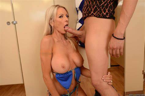 Milf Handsome 03 From Matureside Adorable Mommy Emma Starr Try Impregnated By Hubby Male