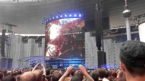 Played seductively by its leading interpreter vân ánh vanessa võ, the sound of the vietnamese. INDOCHINE - Concert Stade de France 27 juin 2014 - Belfast ...