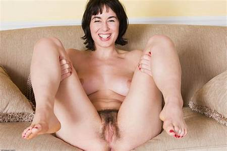 Kingdom Teen Nude