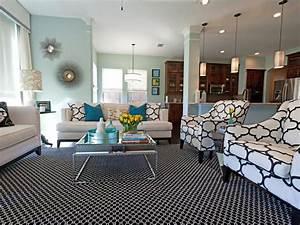 Living Colors Hue : 20 living room color palettes you 39 ve never tried hgtv ~ Eleganceandgraceweddings.com Haus und Dekorationen