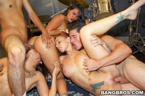 Bisexual Gangbang Porn Group With