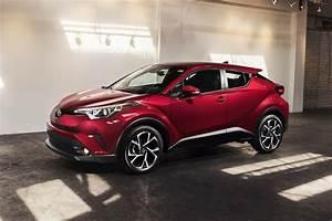 Nouvelle Toyota Chr : 2018 toyota c hr suv pricing for sale edmunds ~ Medecine-chirurgie-esthetiques.com Avis de Voitures