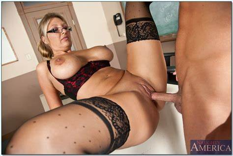 Granny Fucking And Glasses Creamed