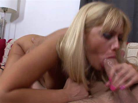 Sweet Gabriella Can Handle Swinger Cocks Filling