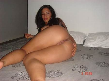 Teen Nude Latina Picture