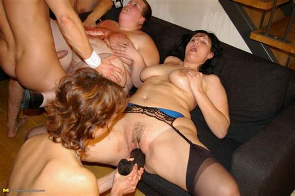 #Horny #Housewives #Party