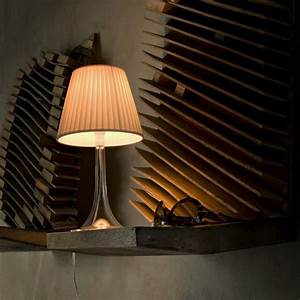 Miss k table lamp red by philippe starck for flos for Miss k table lamp replica