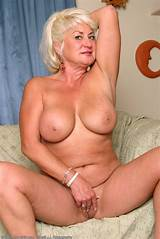 Picture gallery of mature big tits