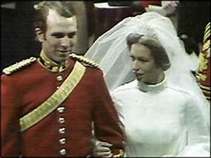 BBC ON THIS DAY | 14 | 1973: Crowds cheer marriage of ...