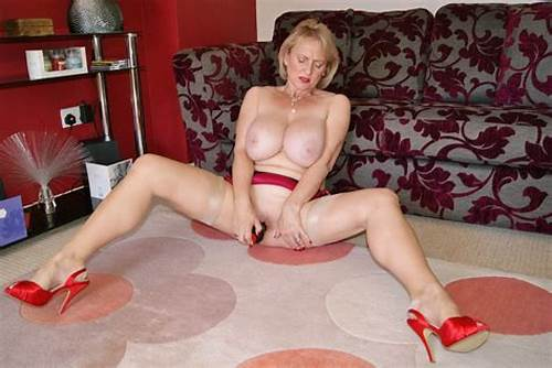 Sultry English Milf Banged In Her Pussy #Bet #You #Wish #You #Was #In #This #Pussy