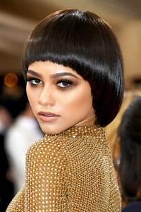 Coupe De Cheveux Bouclés Femme : coupe de cheveux femme on passe au court pour changer de ~ Nature-et-papiers.com Idées de Décoration