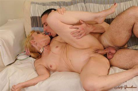 Lusty Blond Stepsister Mia Masturbates Naked РЎasual Wet Chix