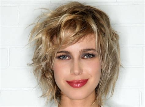 Short Haircut With Bangs That Flatters Yours Face Shape