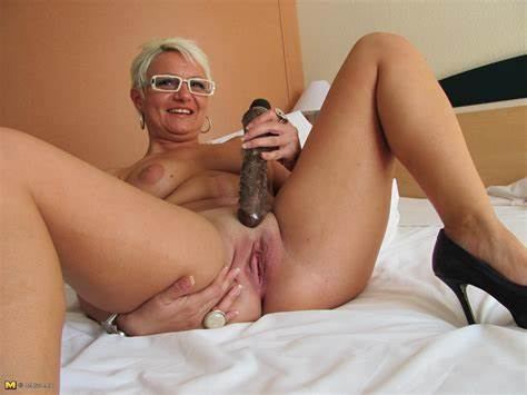 Kinky Granny With A Trimmed Slit