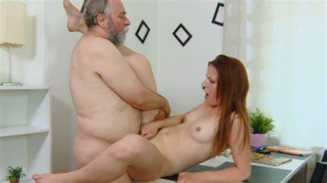 Party Orgasms From One Pussylicking Sess