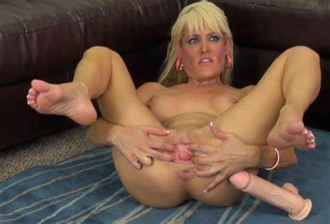 Com Fake Mature Destroyed Intense In The Saxy Milfs Give Hard Squirt
