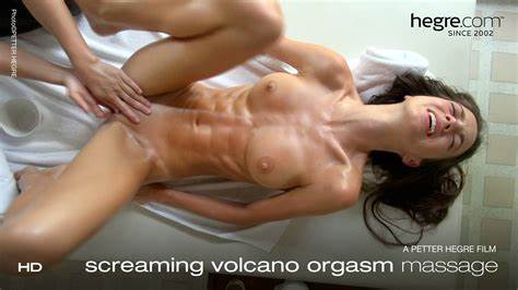 Squirts Lesbos Playtime During Several Smiling Volcano Facial Workout