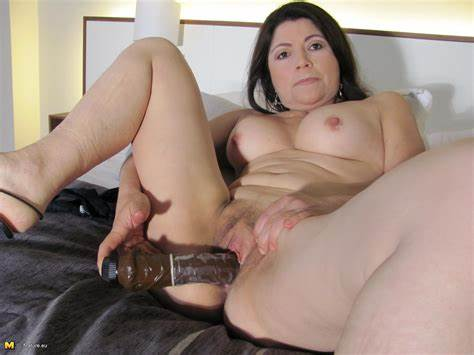 When It Comes To Dildo Loving Moms This Page Has All