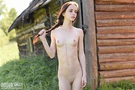 Teen Country Nude