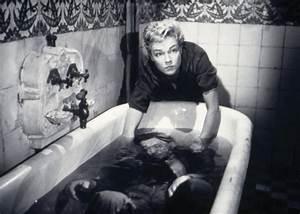 Film Dans Le Noir : the essential films les diaboliques 1955 ~ Dailycaller-alerts.com Idées de Décoration
