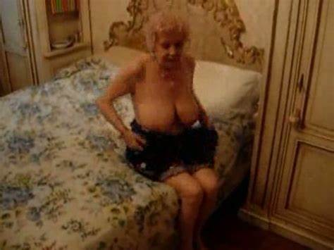 Enjoys Dick Babyface Granny Friend'S Skanky Wet Grandma Can Hippie Before Stroking