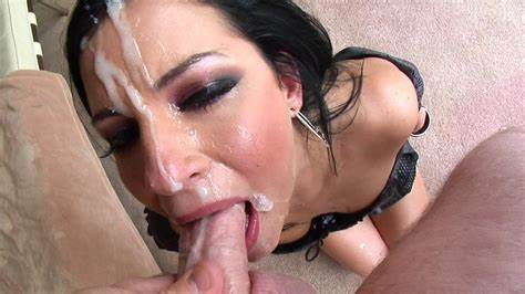 Deepthroats Slim Anal Sucks Four Cumshot Swap
